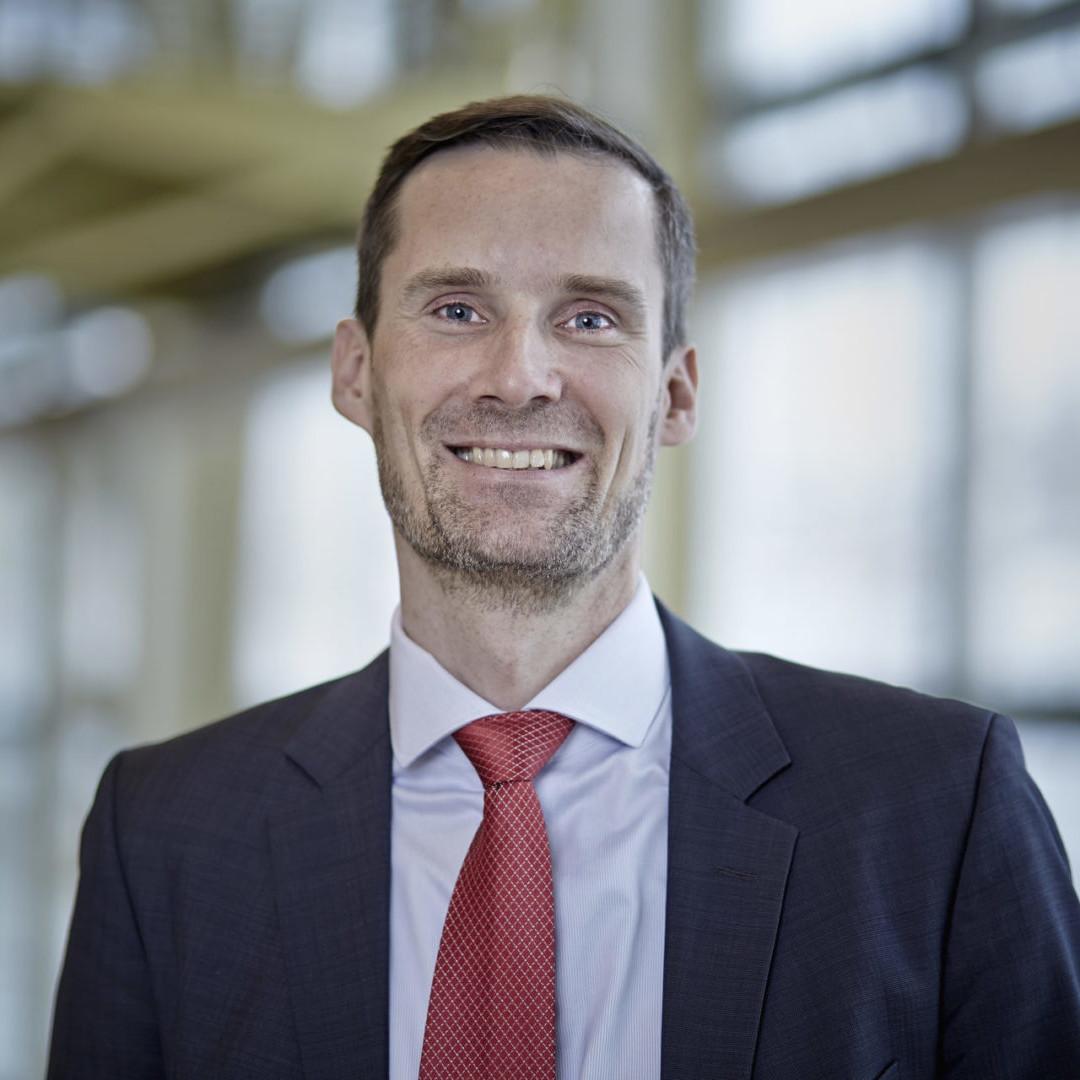 Prof. Dr.-Ing. Thomas Sauter-Servaes, Zürcher Hochschule für Angewandte Wissenschaften