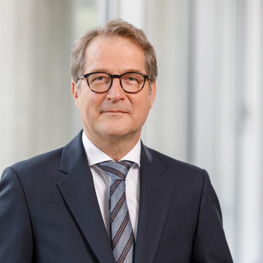 Prof. Volker Wieland Ph.D., Goethe-Universität Frankfurt a.M.