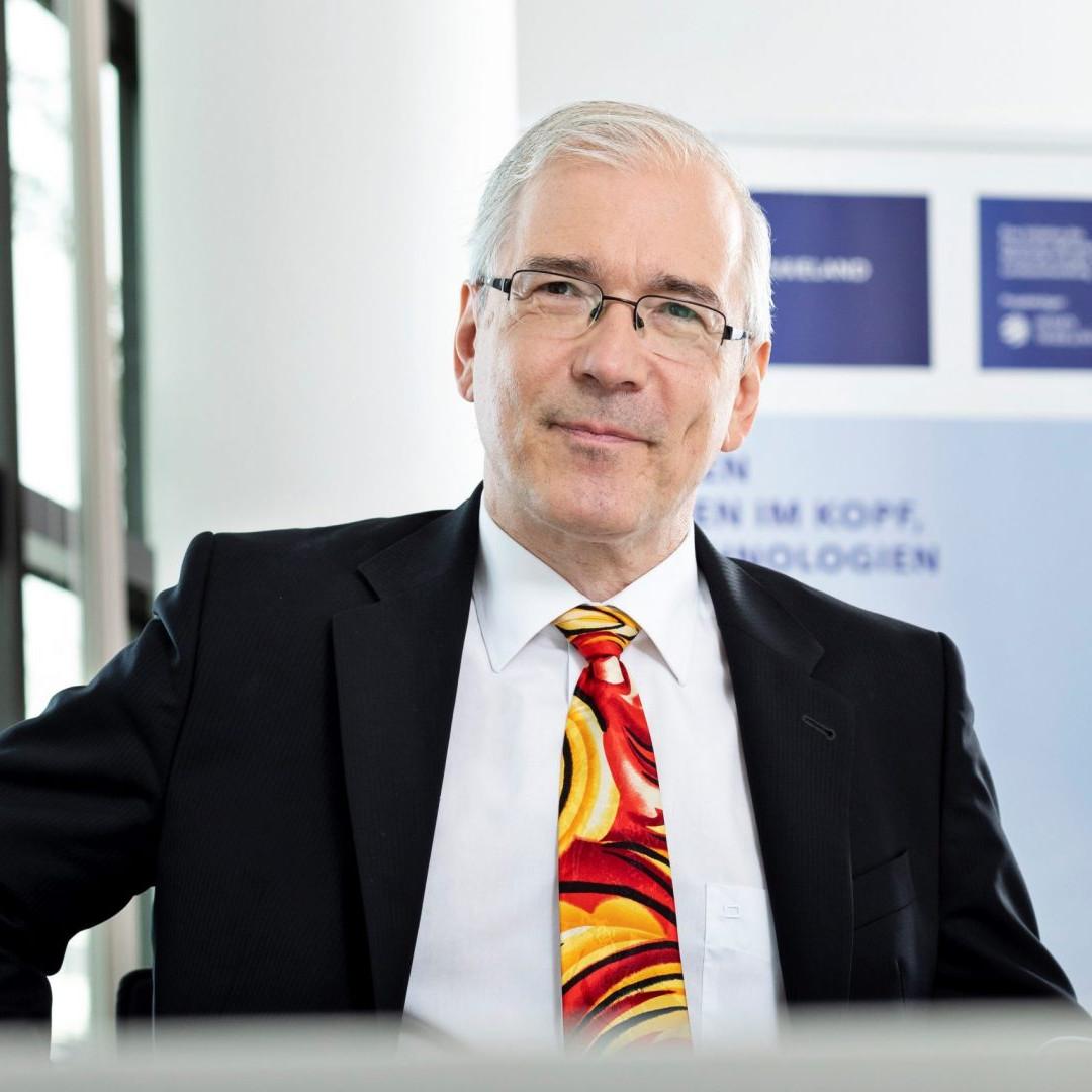Dr. Alexander Zschocke, Kompetenzzentrum für Klima- und Lärmschutz im Luftverkehr